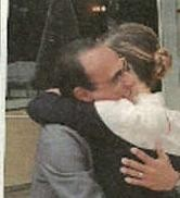 Vanessa Incontrada e Carlo Conti: Baci e abbracci, poi le lacrime