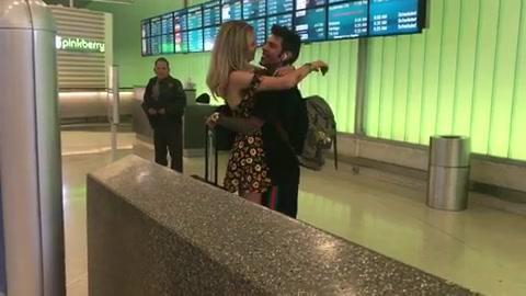 Carramba che sorpresa, ma Fedez non molla la valigia!