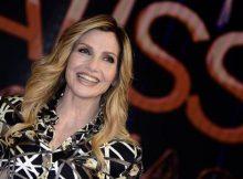 Lorella Cuccarini in posa durante il photocall in occasione della presentazione della trasmissione 'Nemicamatissima', nello Studio 5 di Cinecitta', 24 novembre 2016, a Roma.  ANSA/CLAUDIO ONORATI